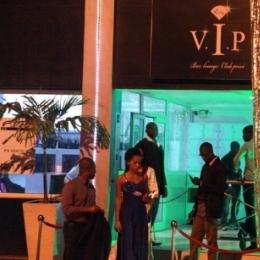 Ищу девочек для работы в Мали, Бамако (столица) в новый клуб (открылся этой весной)